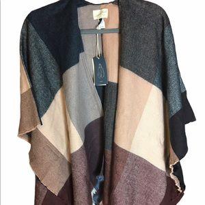 NWT Universal Thread Kimono